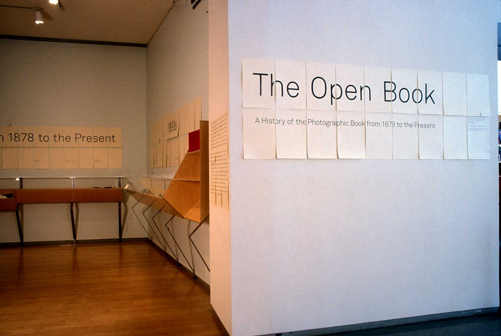 Open/Closed Book/Case